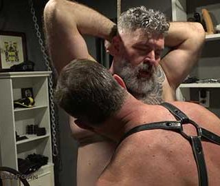 Man-on-Man sex and eroticism can go so much deeper than simply fucking and sucking. Kristofer Weston delves deeply into the mind of Will Angell and controls every moment of pleasure....